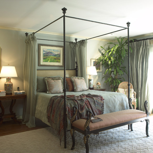 Comfortable Bedrooms With Soft And Luxurious Textures ... on Comfortable Bedroom Ideas  id=74873