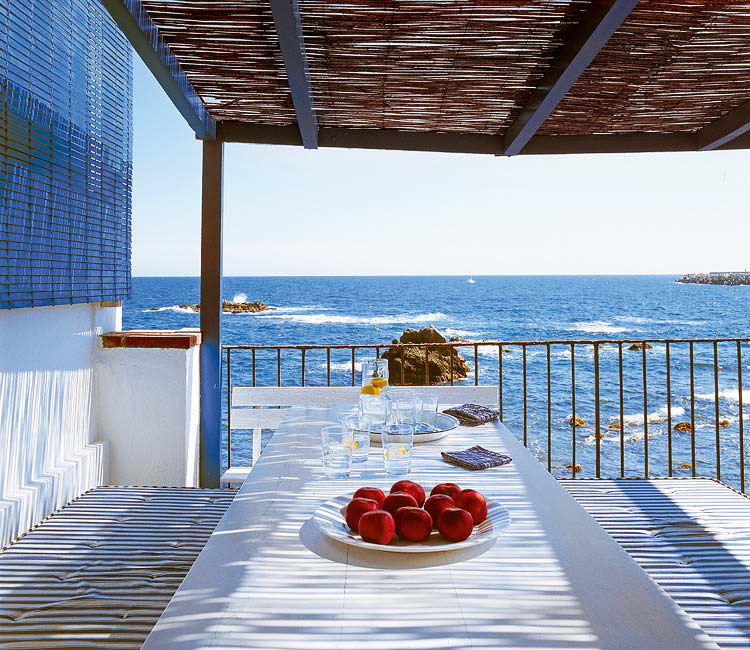 Mediterranean Beach House On The Costa Brava Idesignarch