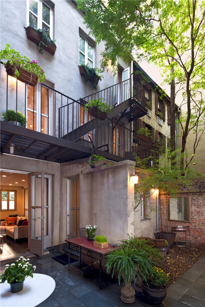 East Village Carriage House With Modernist Interiors
