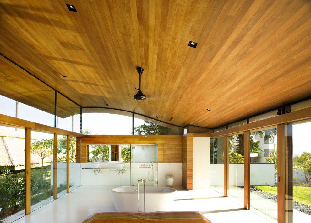 Environmentally Friendly Modern Tropical House In