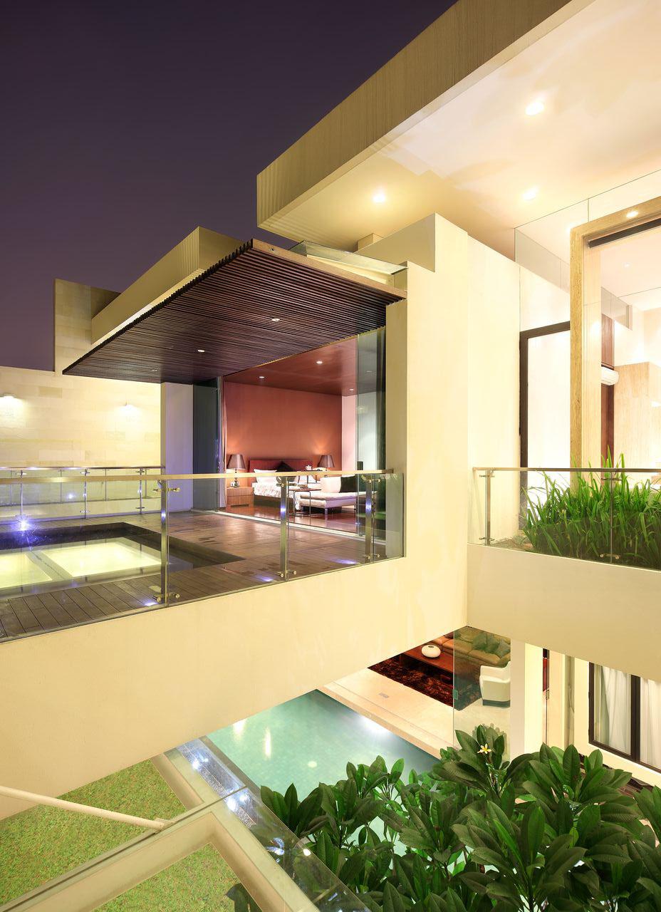 Luxury Garden House In Jakarta | iDesignArch | Interior ... on Backyard:uuezyx-Hy-8= Landscape Design  id=65208