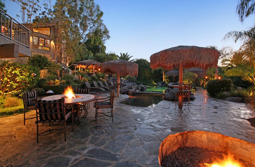 Luxury Estate With Stunning Rock Lagoon Pool In Anaheim