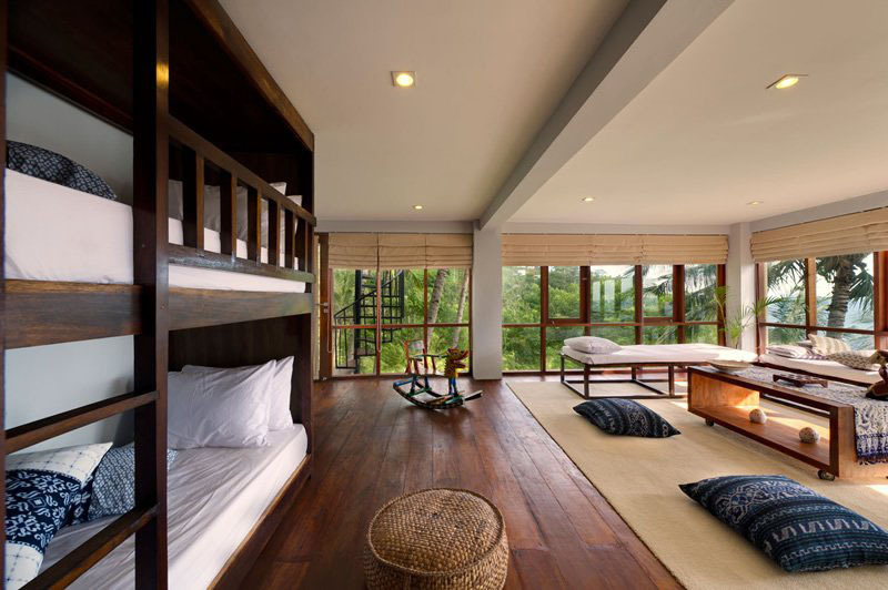 Contemporary Tropical Hillside Villa In Indonesia