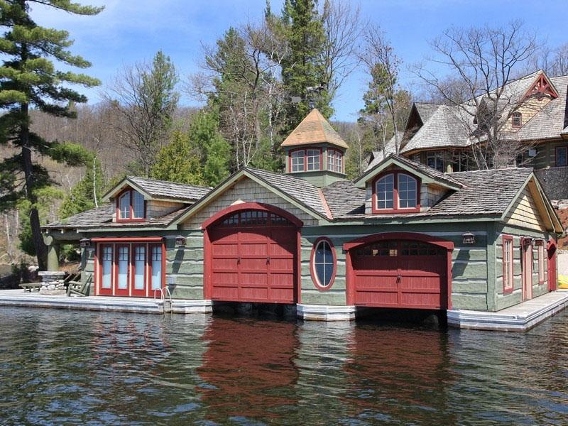 Muskoka Lakeside Country Estate With Boathouse
