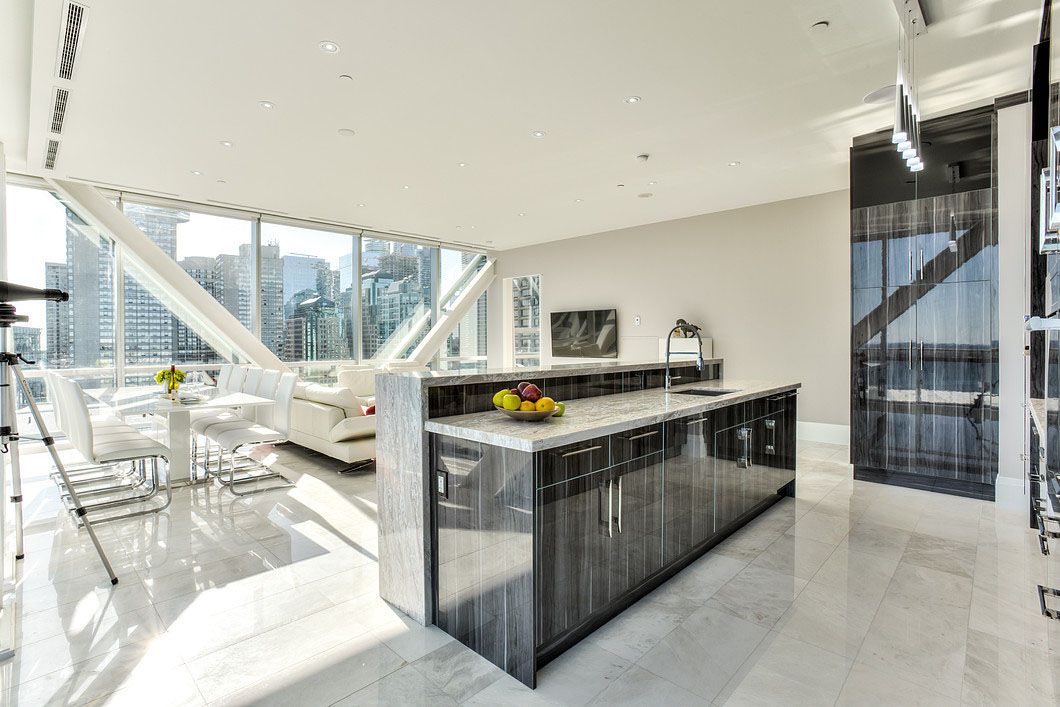 Elegant Toronto Waterfront Luxury Penthouse With Floor To Ceiling Windows IDesignArch