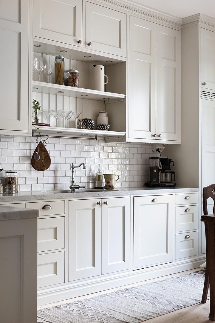 Small White Shaker Kitchen