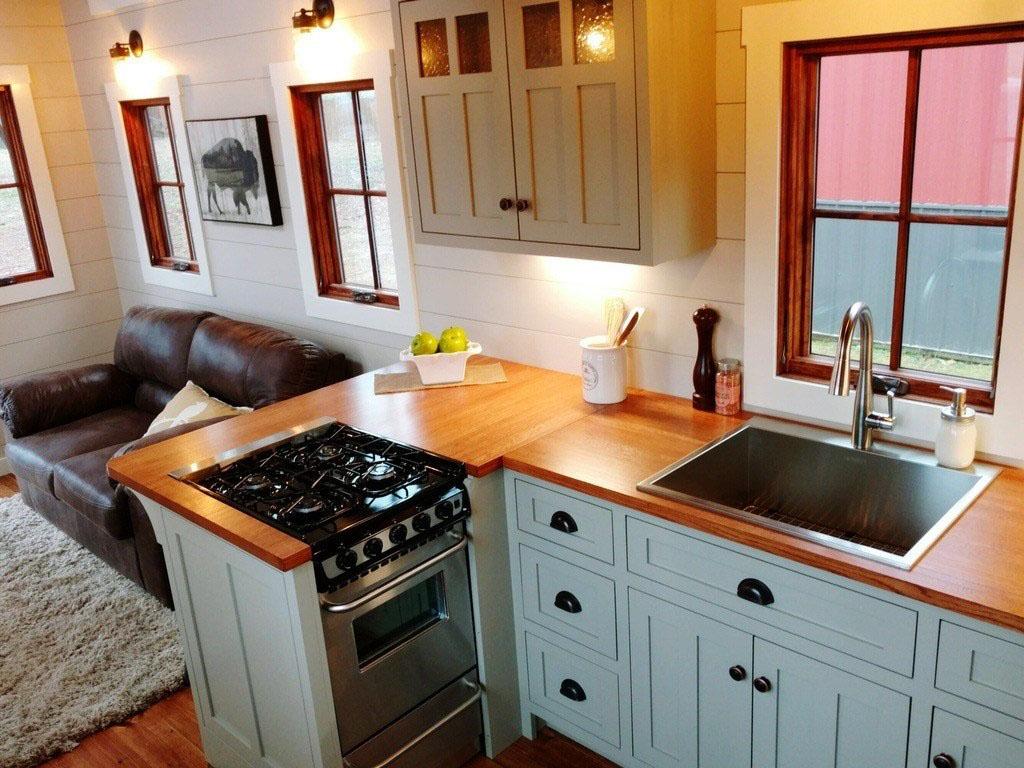 Rustic Farmhouse Style Luxury Large Tiny House On Wheels6