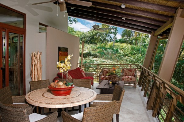 AwardWinning Luxury Vacation Home In A Tropical Forest