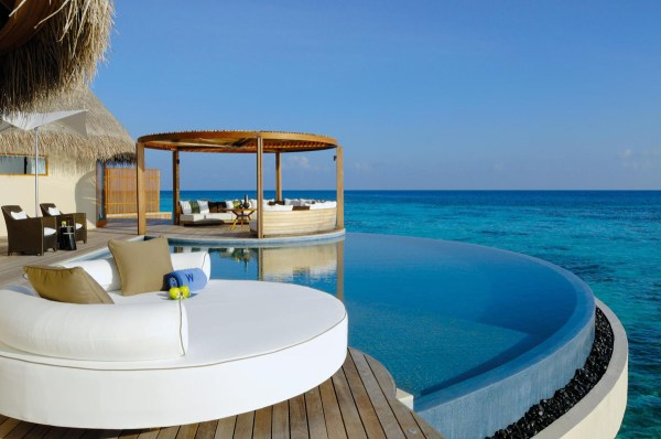 The Exotic W Retreat & Spa Maldives With Luxury Bungalows ...