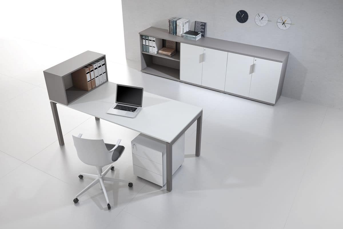 Office Workspaces With Single Workstations Or Benching