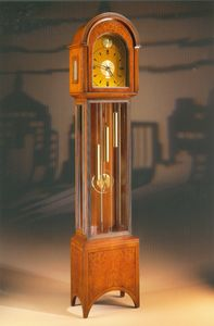 Le moderne modifiche hanno reso disponibile il silenziatore notturno, per consentire un break dal. Orologio A Pendolo Angolare In Stile Classico Idfdesign