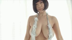 【日比谷亜美】Iカップ 手ぶらと胸揺れとポロリ寸前セクシー衣装