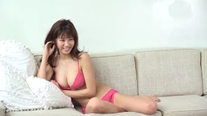 【澤北るな】-カップ3 これは車止めちゃう!美女が水着姿でヒッチハイク!?