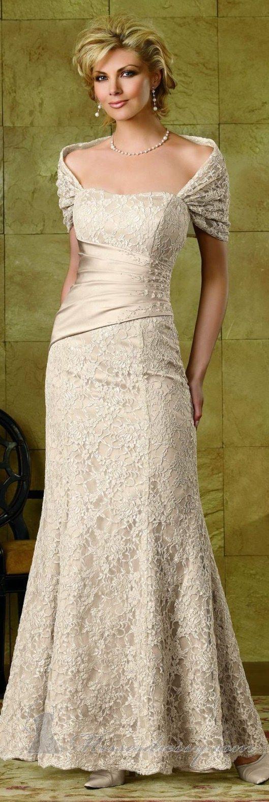 قاتمة التالى دجاج wedding dresses for older brides