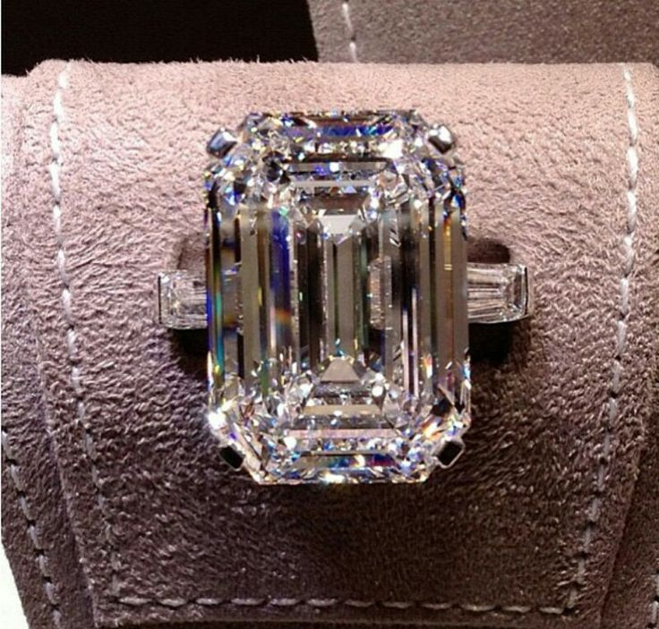 engagement ring for second wedding