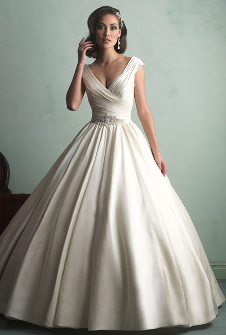 Sophisticated Wedding Ball-Gowns For Older Brides
