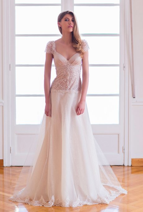 Easy breezy romantic wedding gowns for your vow renewal for Dresses for renewal of wedding vows