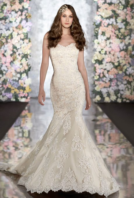 Lacey Mermaid Wedding Gowns for Your Second Time Around