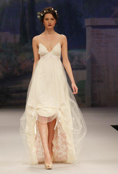 Wedding Gowns For Your Valentine S Day Destination Celebration