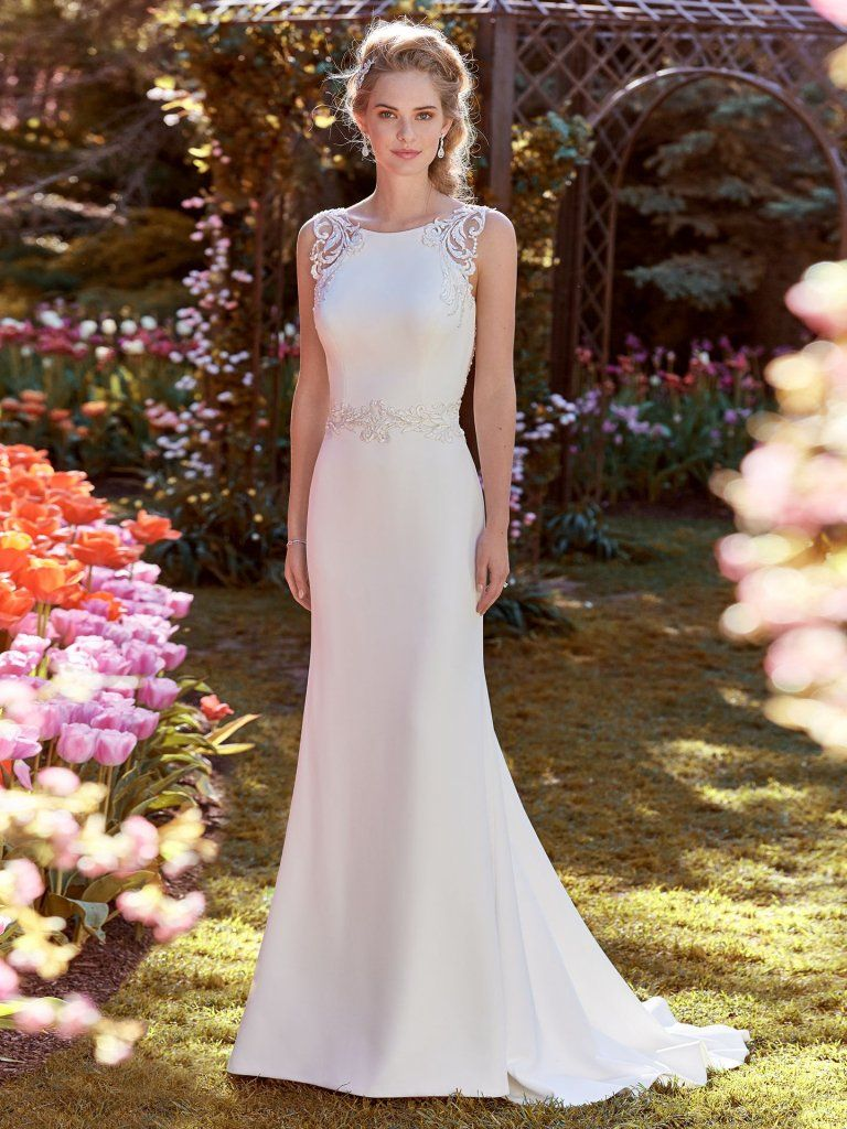 bridal+dresses+for+brides+over+50+near+me