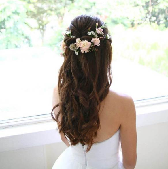 soft waves and flowers wedding hairstyle