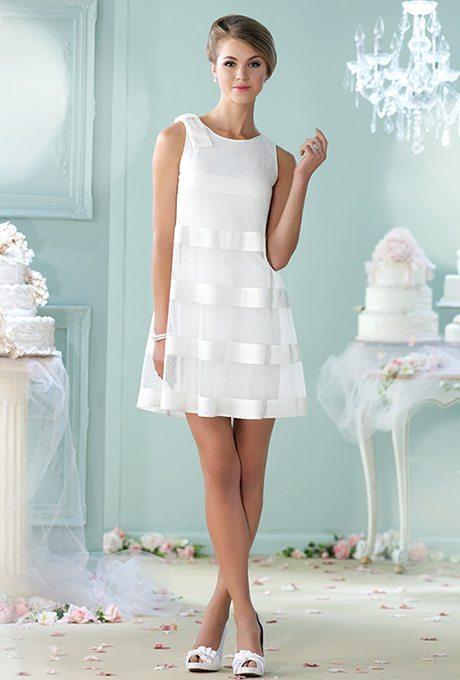 215112-enchanting-by-mon-cheri-wedding-dress-primary