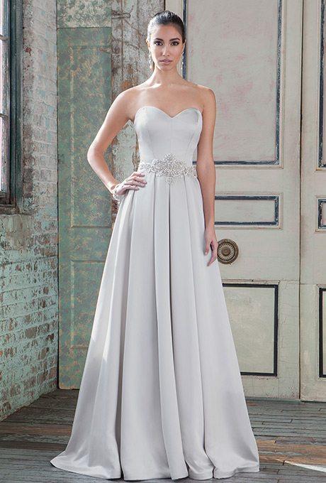 9789-justin-alexander-signature-wedding-dress-primary