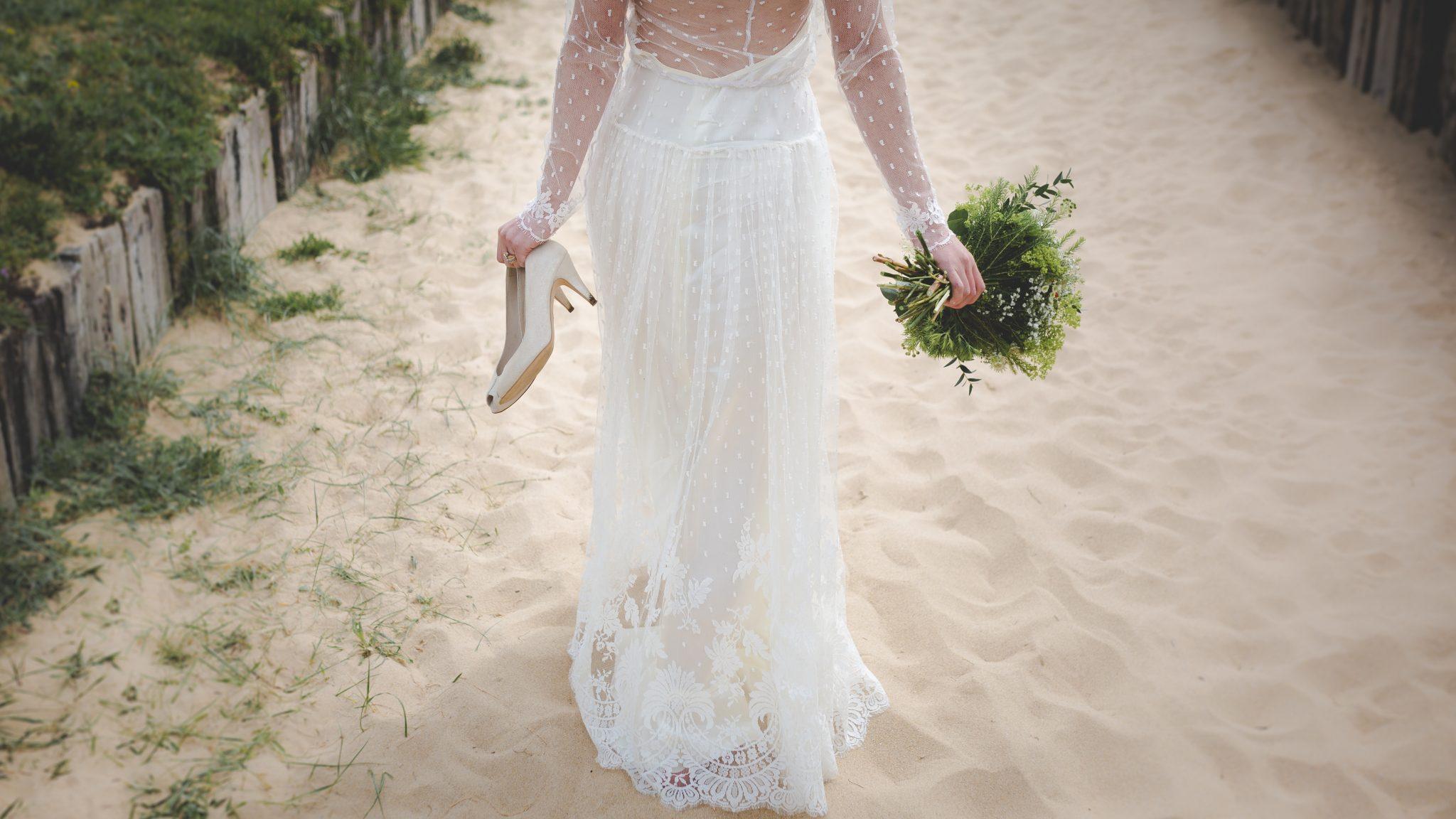 Wedding Gift Etiquette Destination Wedding : Destination Wedding Dos And Donts Etiquette & Planning ...