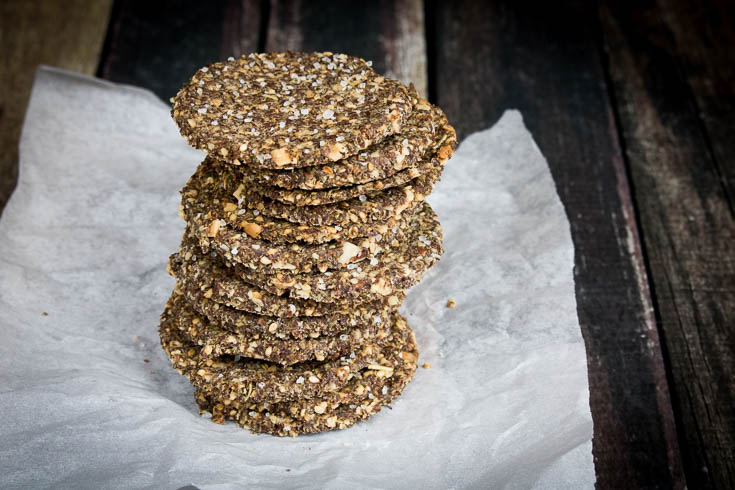 Low-Carb Seeded Flaxseed Crackers