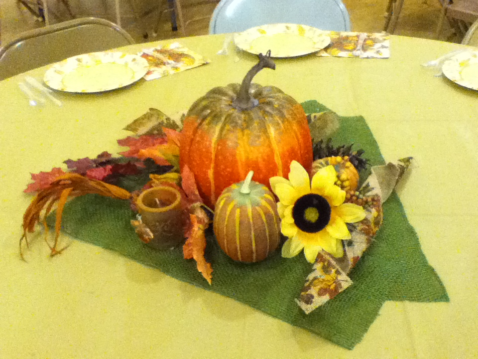 Thanksgiving table decorations 008