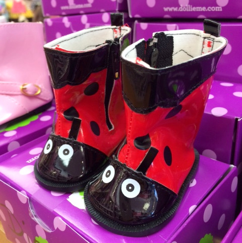 blog Dollie and Me red ladybug boots