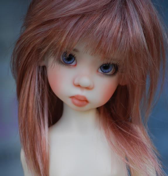 blog nyssa with blue eyes