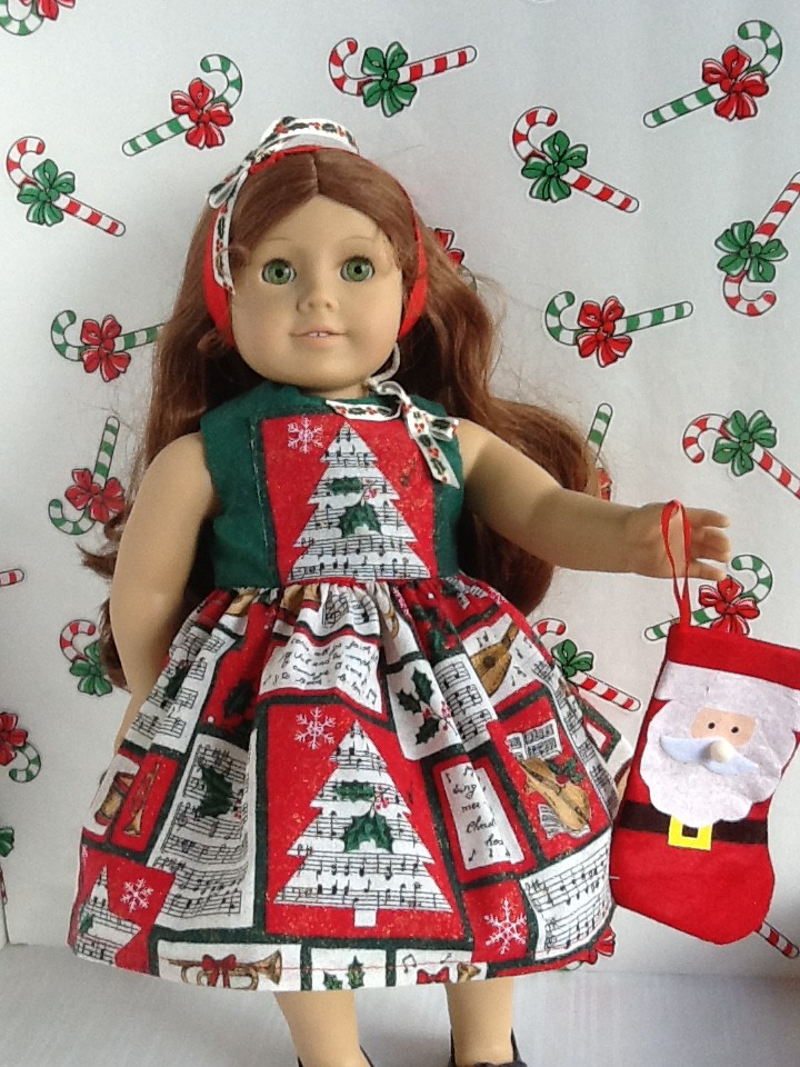 janes christmas dress on felicity