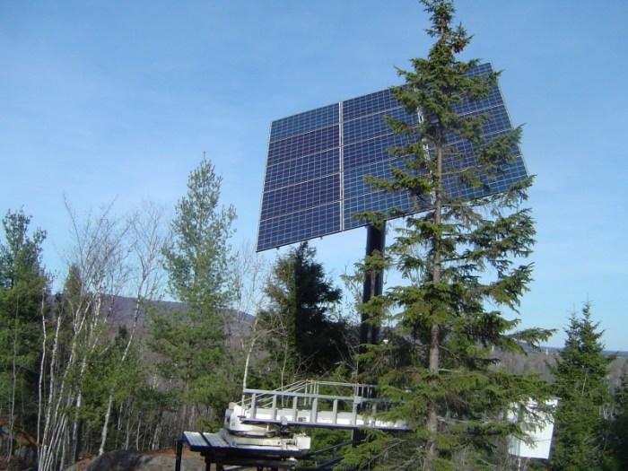 Chalet Houle Saint-Mathieu-du-Parc, 2012. 15 panneaux solaires