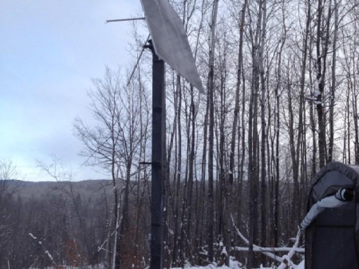 Chalet Lafrenière Messines, 2013 installation de panneaux solaires sur pointeur au Québec