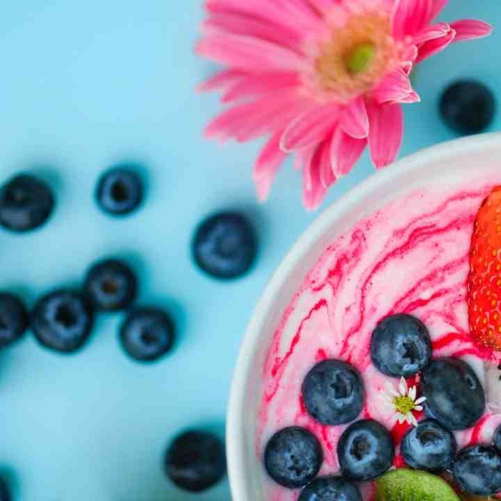 How to Make Greek Yogurt in Your Crockpot