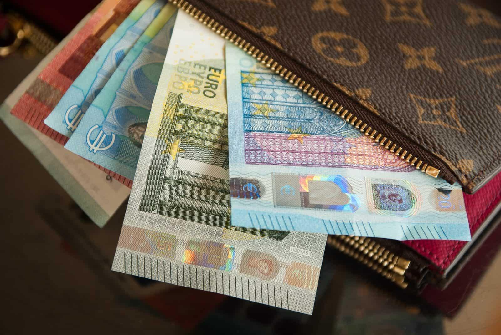 photograph regarding Printable Money Envelope named The Best Simple Begin Funds Envelope Procedure + Free of charge