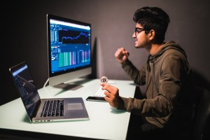 Achieve Success with Bitcoin Trading with the Right Strategies