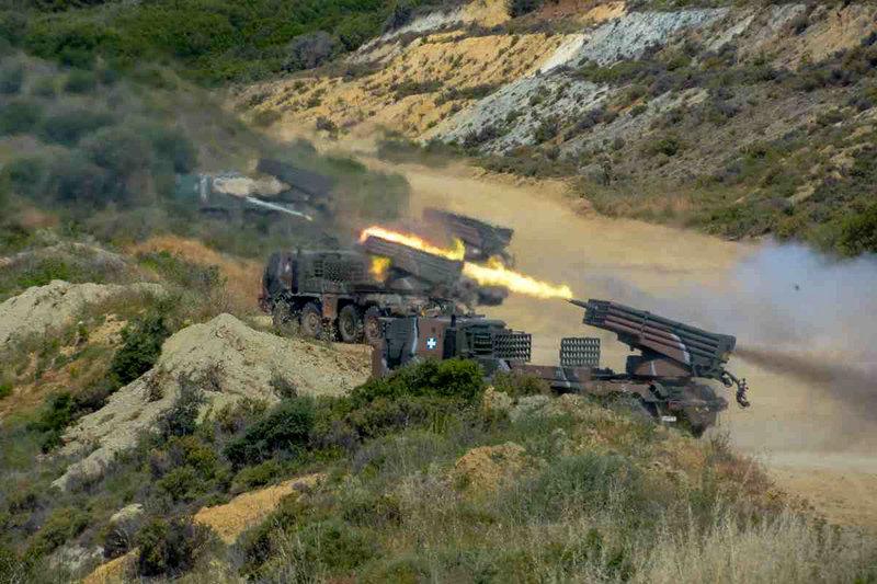 297957 iefimerida - Άσκηση της 1ης Στρατιάς - Δείτε εντυπωσιακές εικόνες.