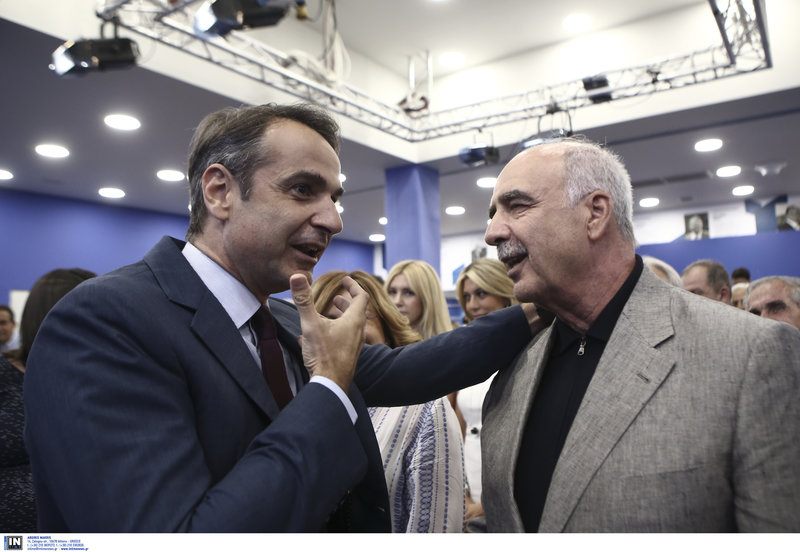 Ο Κ. Μητσοτάκης με τον Ευ. Μεϊμαράκη ο οποίος θα αναλάβει πρόεδρος του 12ου τακτικού συνεδριου της ΝΔ στις 14 και 15 Δεκεμβρίου