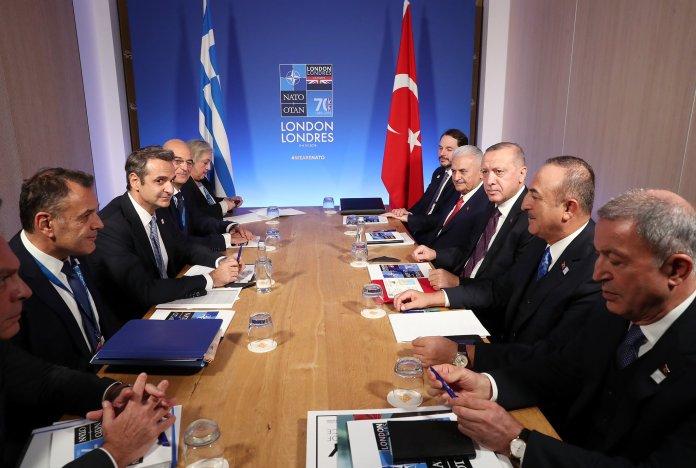 Οι αντιπροσωπίες Ελλάδας-Τουρκίας