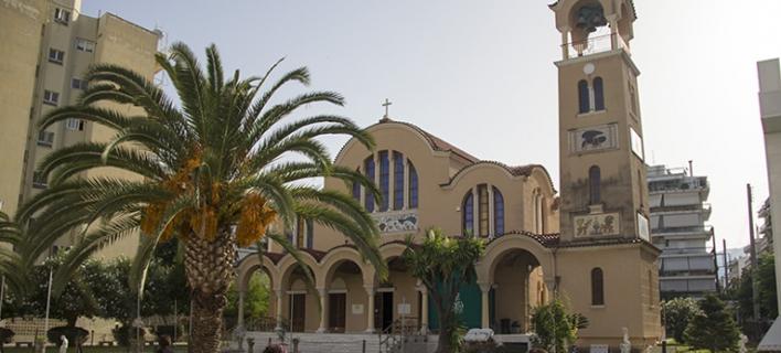 Επεισοδιακή Ανάσταση στην Πάτρα -«Πόλεμος» ανάμεσα σε ιερείς και φιλόζωους για ένα αρνί