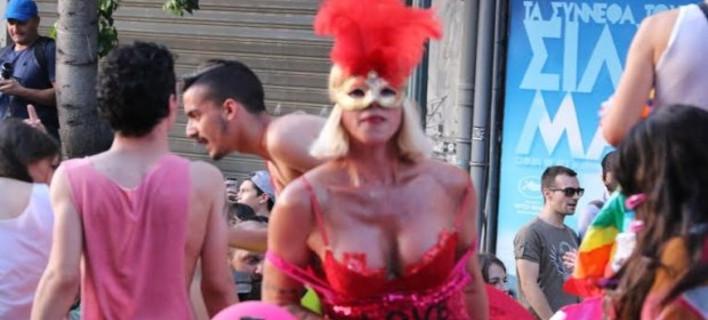 O ΣΥΡΙΖΑ καλεί για συμμετοχή στο Athens Pride -Αλλά θέλει να απαγορεύσει τη διαδήλωση «Παραιτηθείτε»