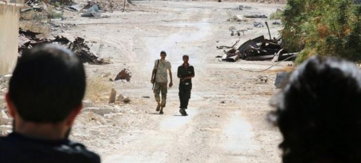 Συρία: 80 στρατιώτες νεκροί από αεροπορική επιδρομή