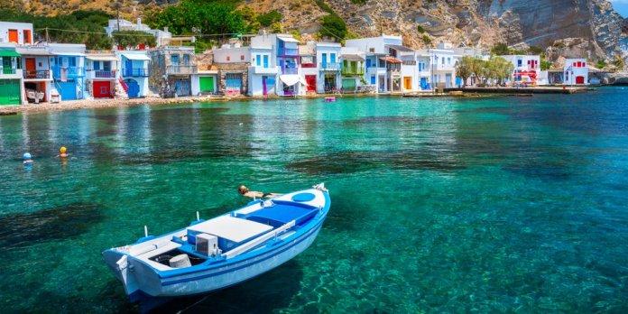 Μήλος, ένα νησί, πολλά διαφορετικά τοπία -Οι παραλίες, τα spots και όλα όσα  κάνουν τις διακοπές σε αυτό το νησί ανεπανάληπτες [εικόνες]   TRAVEL    iefimerida.gr