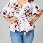 bluza alba cu imprimeu floral
