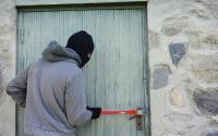 cum sa feresc casa de hoți