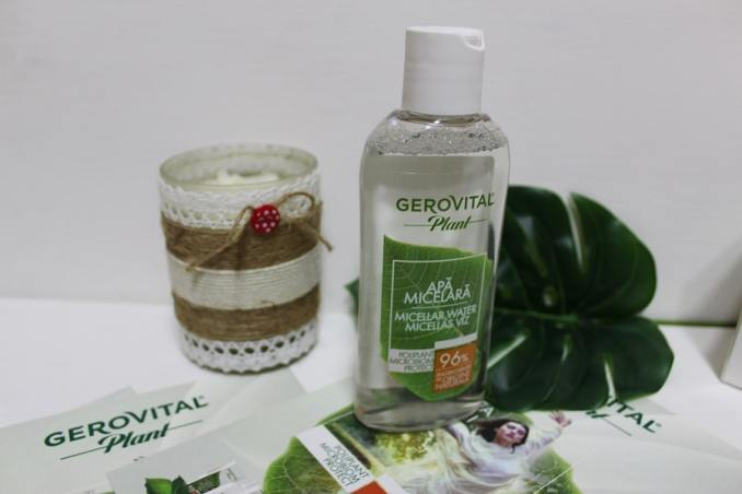 Apa micelară Gerovital Plant Microbiom Protect