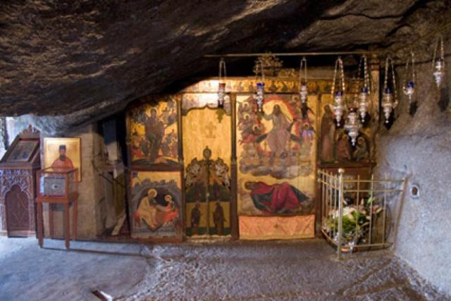 Πάτμος: Το Ιερό Σπήλαιο της Αποκάλυψης..ΕΙΚΟΝΕΣ | iEllada.gr