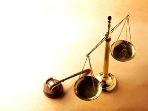 Wealthy Investors Sue Dodgy Tax Advisers